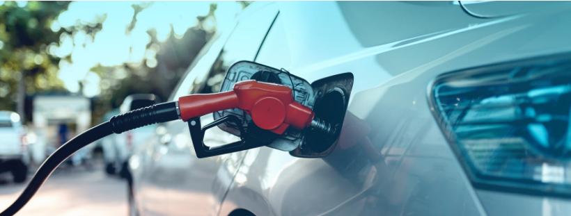 Preço da gasolina sobe 25,7% desde maio e ultrapassa R$ 5,00, aponta Ticket Log
