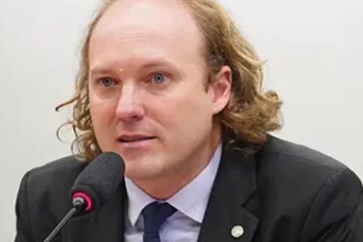 Pedágios abusivos: deputado federal Rodrigo Agostinho quer explicações sobre alta das tarifas