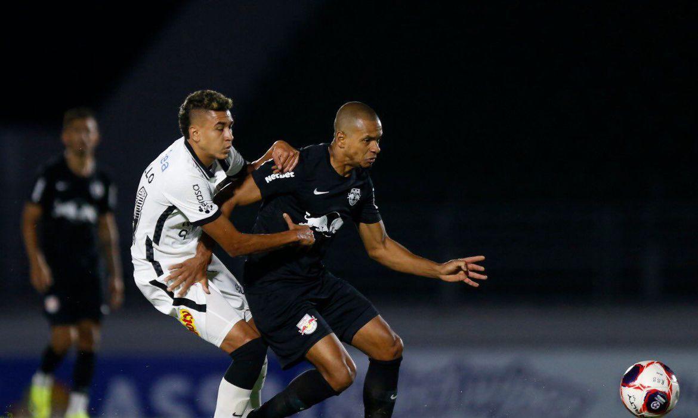 Em jogo com gol anulado, Bragantino e Corinthians não saem do 0 a 0