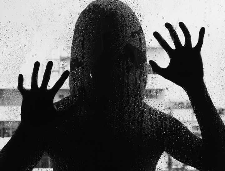 Pai é preso suspeito de estuprar filha de 20 anos no interior de SP
