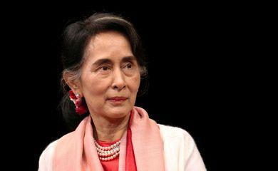 [Internacional] Myanmar: líder deposta, Aung San Suu Kyi enfrenta nova acusação