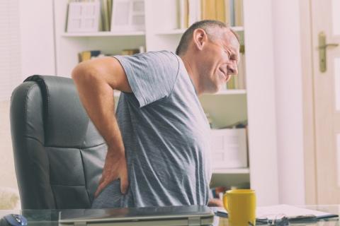 Qual a relação entre dor nas costas e a pandemia?