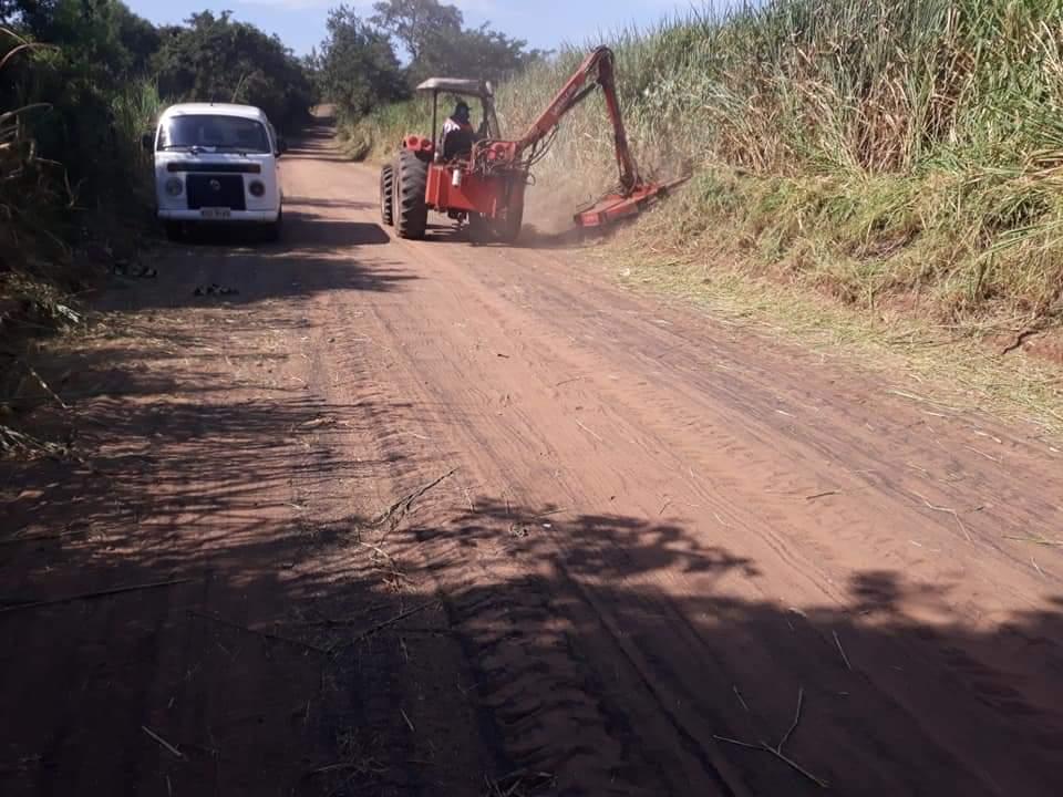 Sagra segue com manutenção das estradas rurais