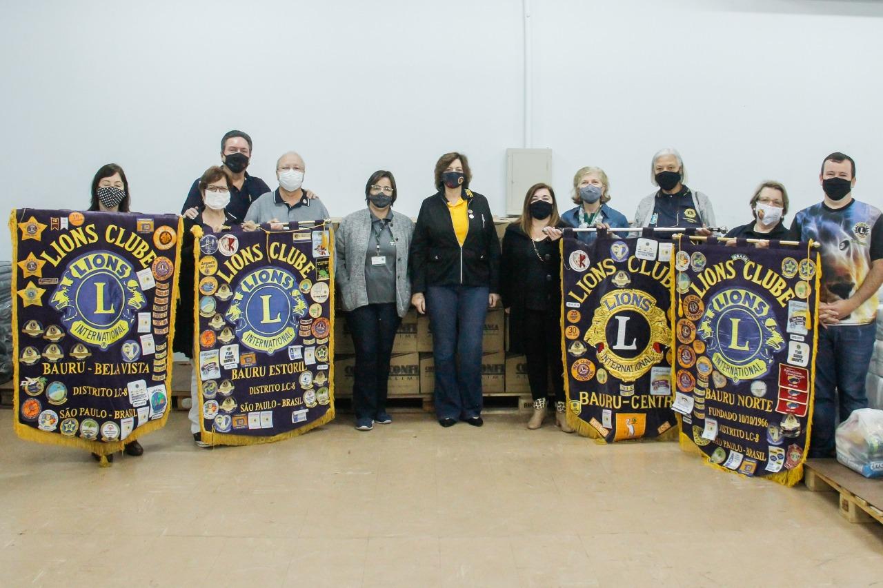 Fundo Social de Solidariedade recebe 220 cestas básicas do Lions Clube