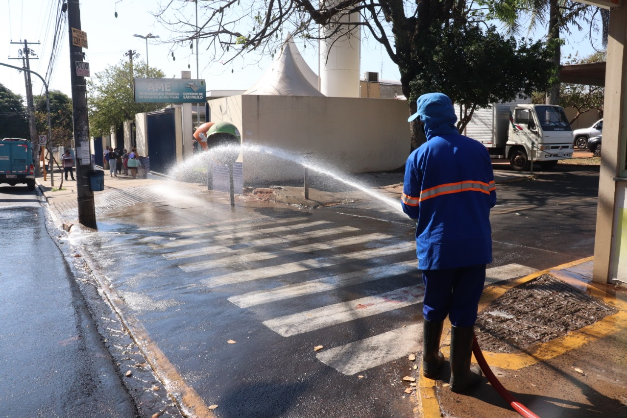 Secretaria de Saúde e DAE fazem a desinfecção do entorno do PSC, UPAs e UBSs