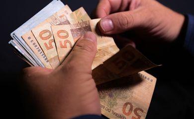 Esportes tem R$ 400 mil para investir em 17 projetos a serem selecionados. Inscreva-se!