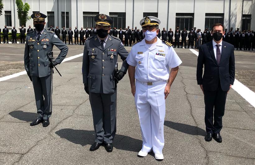 Academia de PM do Barro Branco empossa novo comandante